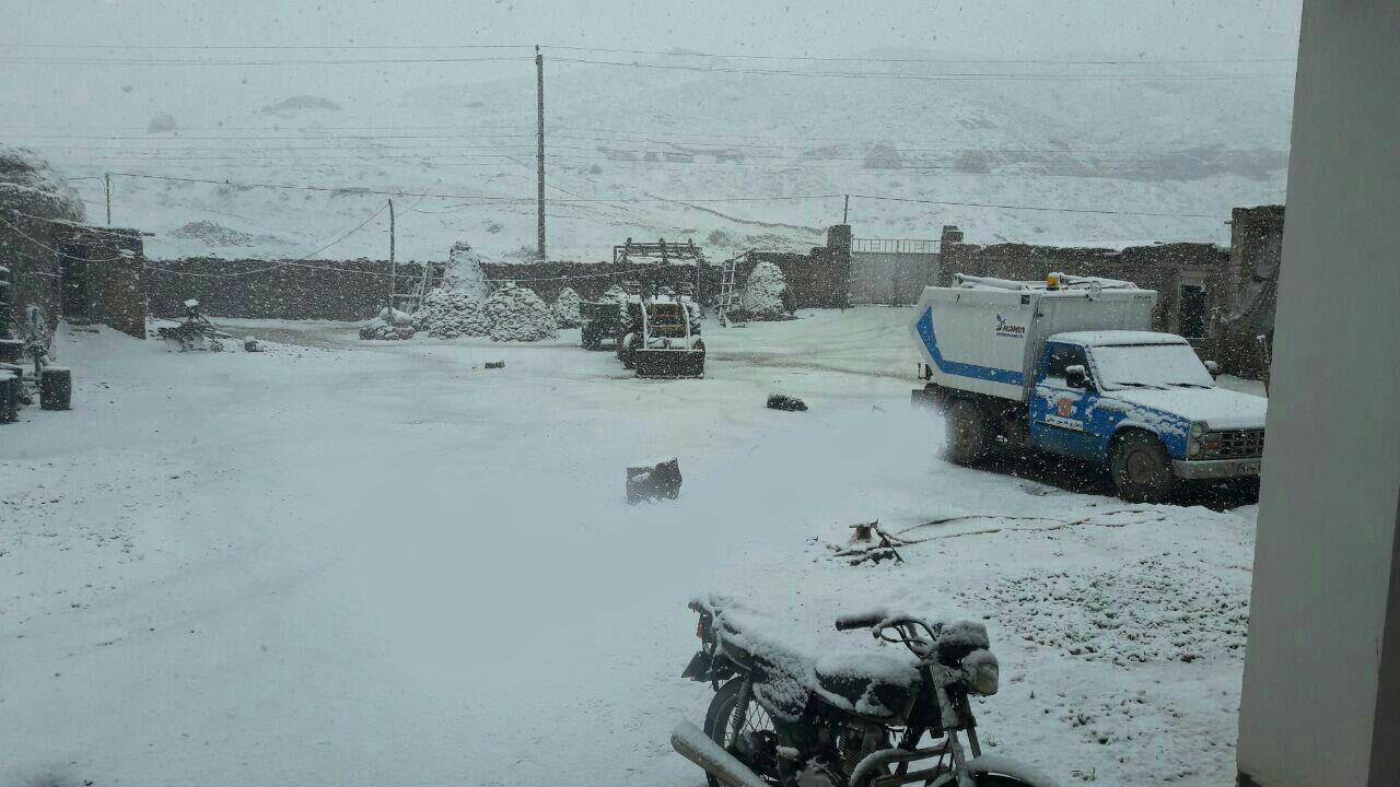 برف بهاری در خوی