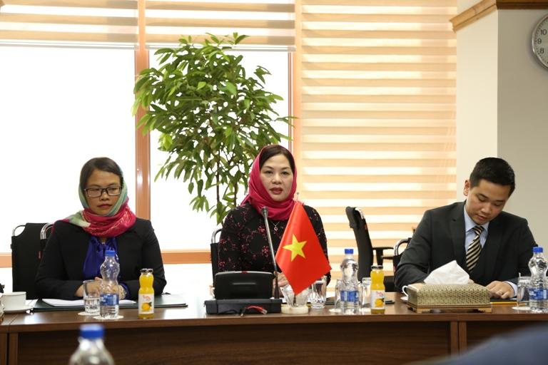 همکاری بانکی ایران و ویتنام