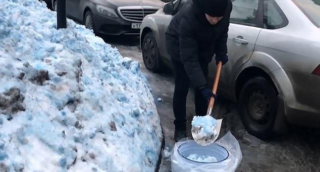 برف آبی در روسیه
