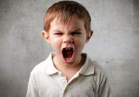 تبدیل کودک بد اخلاق به خوش اخلاق
