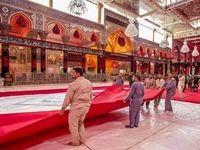 آماده کردن فرش قرمز برای عزای حسینی+تصاویر