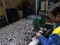 نابودی برخی قطعهسازان در پی افزایش نرخ ارز/ مشکل تامین مواد اولیه قطعهسازان در داخل و خارج از کشور