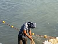آزادی استفاده از سواحل زرینهرود میاندوآب برای صیادان بومی
