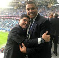 مارادونا و رونالدو در آغوش هم +عکس