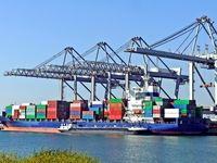 رشد ۱۷درصدی صادرات در شش ماهه سال۹۷/  ۹۲۴هزار تن کالای نفتی و غیرنفتی از مرزها وارد شد