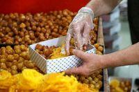 مردم از خرید زولبیا و بامیه فلهای خودداری کنند