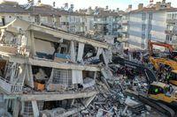 ۶کشته و ۲۲۰زخمی نخستین آمار زلزله ترکیه
