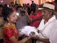 ازدواج شهردار با یک کروکودیل ماده! +تصاویر
