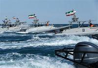 نیروی دریایی سپاه: شناور حامل قاچاق را در دریا به آتش میکشیم