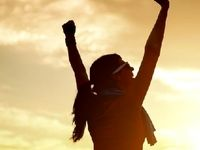 ۷ مانع زندگی که آدم های موفق به آن غلبه میکنند