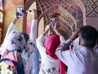 گردشگران خارجی در شیراز +تصاویر