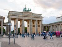 احیای اقتصاد اروپا زودتر از آمریکا؟