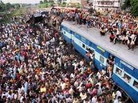 ۳۵کشته و زخمی در پی ازدحام جمعیت در ایستگاه قطار بمبئی