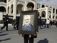 بازتاب عزاداری مردم برای شهادت سردار سلیمانی در رسانههای خارجی +عکس
