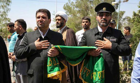 حضور خدام حرم رضوی در تشییع جنازه بنیتا +عکس