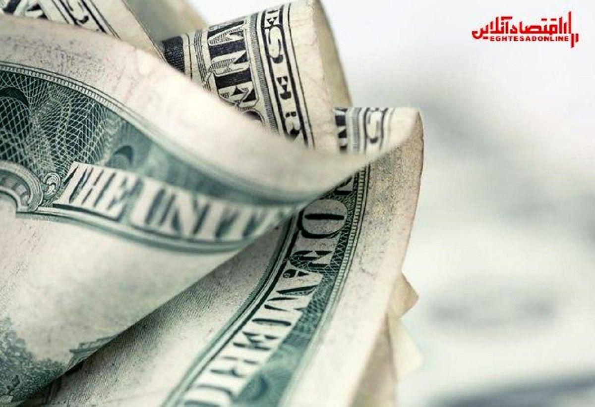 سرکوب نرخ ارز با حراج خزانه بدترین راه کنترل بازار/ قیمت دلار چطور کنترل میشود؟