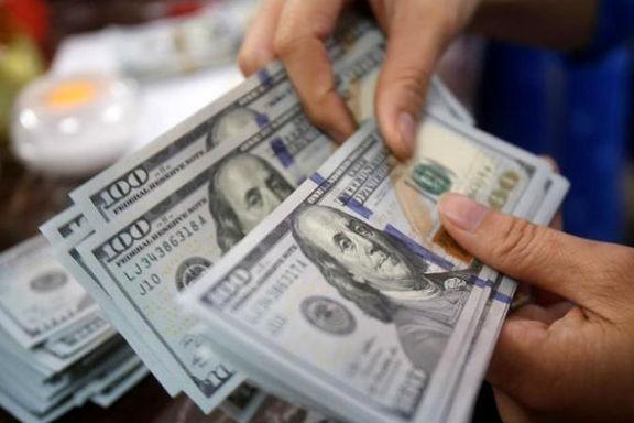 روند قاچاق دلار از افغانستان به ایران شدت گرفته است