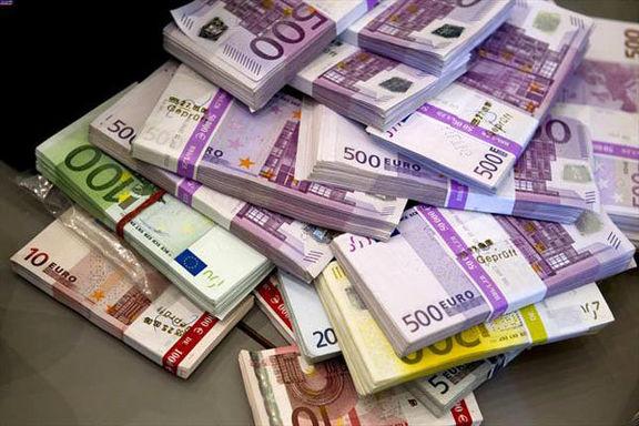 بانک مرکزی سقف حوالههای ارزی را افزایش داد/ افزایش سقف حوالههای ارزی برای شرکتهای تجاری تا ۵میلیون یورو شد