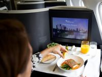 بهترین خوراکیها برای سفرهای نوروزی هوایی