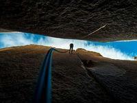 صخرهنوردی در ارتفاع ۸۰۰۰متری عکس نشنال جئوگرافیک