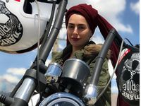 سمانه پاکدل درحال موتورسواری +عکس