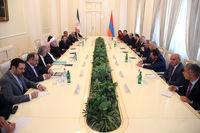روحانی: تهران و ایروان بدنبال فعال کردن ظرفیتهای گسترده اقتصادی خود هستند/ اتصال خلیج فارس به دریای سیاه میتواند جهشی در مناسبات ایران و ارمنستان ایجاد کند