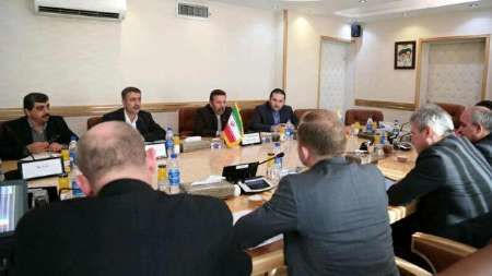 واعظی: ایران آماده ترانزیت فیبرنوری و داده از روسیه است