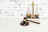 تجربه خدمات حقوقی هوشمند با قراردادساز هوشمند لامینگو
