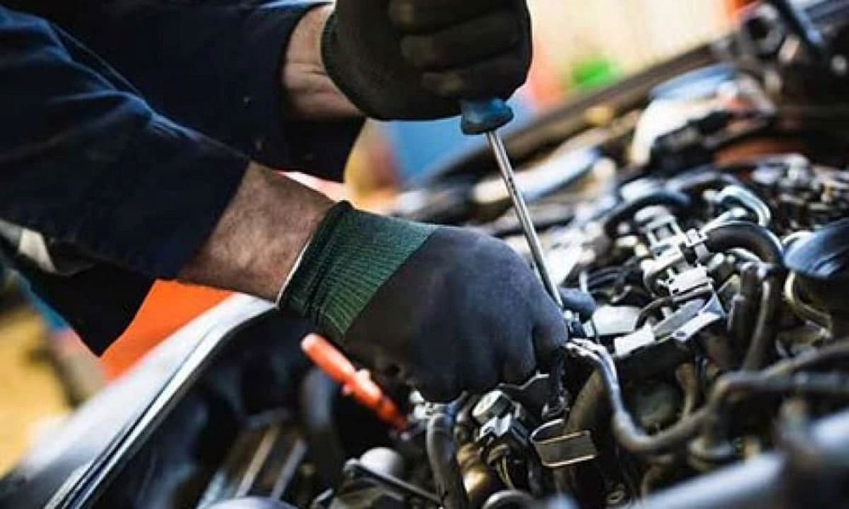 ساعت کار تعمیرگاههای خودرو تا ۱۸ عصر است