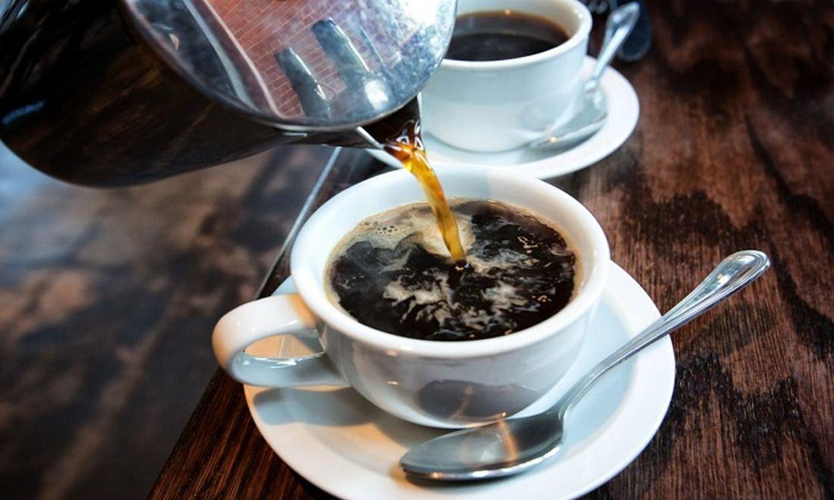 قیمت یک لیوان قهوه داغ چند؟