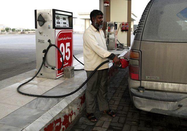 قیمت بنزین عربستانی ها را نقره داغ می کند