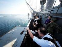 تصویربرداری آمریکاییها از قایقهای تندرو سپاه +عکس