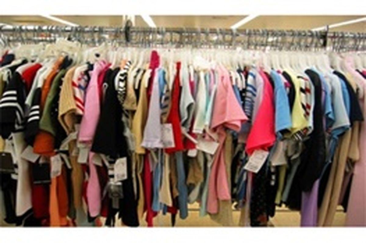 درفروش پوشاک برند تقلب میشود