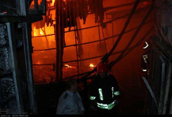 آتشسوزی یک پاساژ در شهرک اکباتان