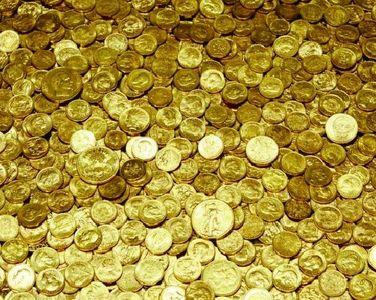 سکه پا به پای طلا میتازد