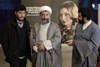 بازیگر معروف در لباس روحانیت کنارِ بازیگر زن خارجی +عکس
