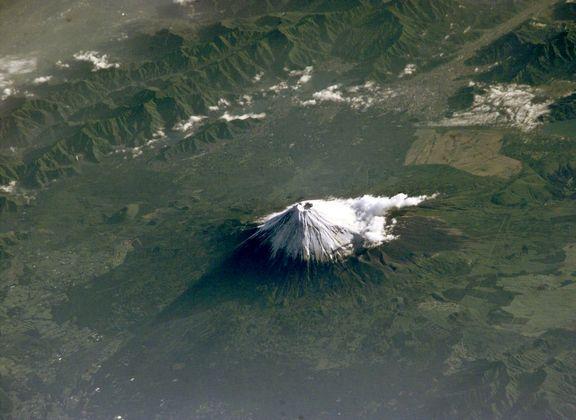 تصویری زیبا از بلندترین کوه ژاپن