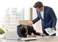 رفتارهایی که مارا در محیط کار نالایق جلوه میدهد