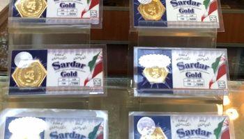 ثبات قیمت در بازار طلا و سکه/ دلار یک پله دیگر عقب نشست
