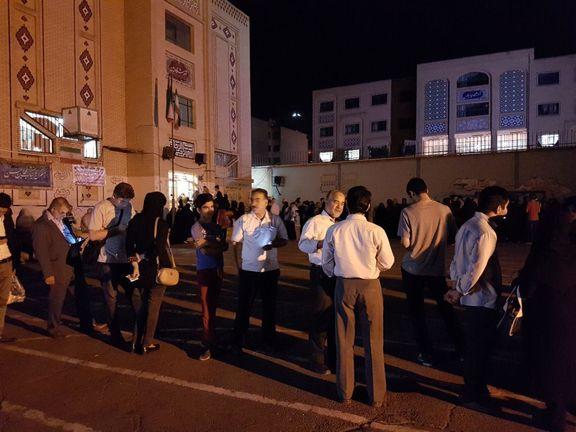 شعب اخذرای در ساعات پایانی انتخابات +تصاویر