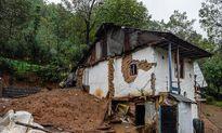 خسارتی که رانش زمین به روستاهای شفت زد +تصاویر
