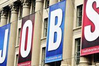 افزایش حداقل دستمزد آمریکا چه تاثیری بر مشاغل دارد؟/ کاهش اشتغال تا۲۰۲۵ ادامه دارد