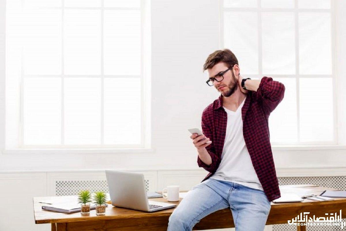 ۶ تمرین مهم برای مبارزه با گردن درد حاصل از کار با تلفن همراه (تکست نک)