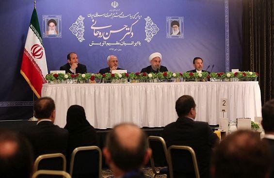 روحانی: بدخواهان میخواهند پلها را خراب و جایش دیوار بسازند/ مسیر پیشرفت را چه با توافق هسته ای و چه بدون آن ادامه میدهیم