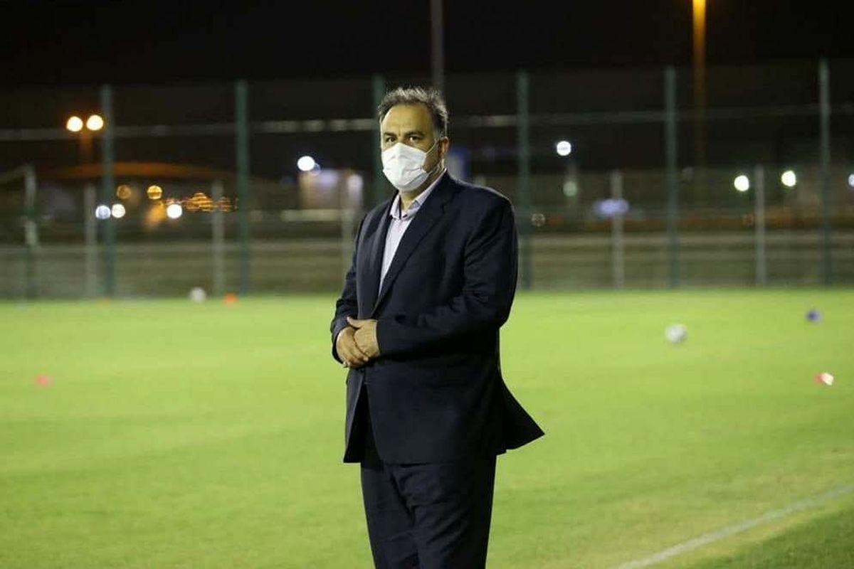 مدیر عامل باشگاه استقلال: سوت های داور دربی جهت دار بود