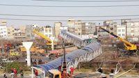 سقوط پل عابر پیاده در مشهد +تصاویر