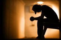 وجود رابطه معنادار بین پای ضربدری و طرز نشستن