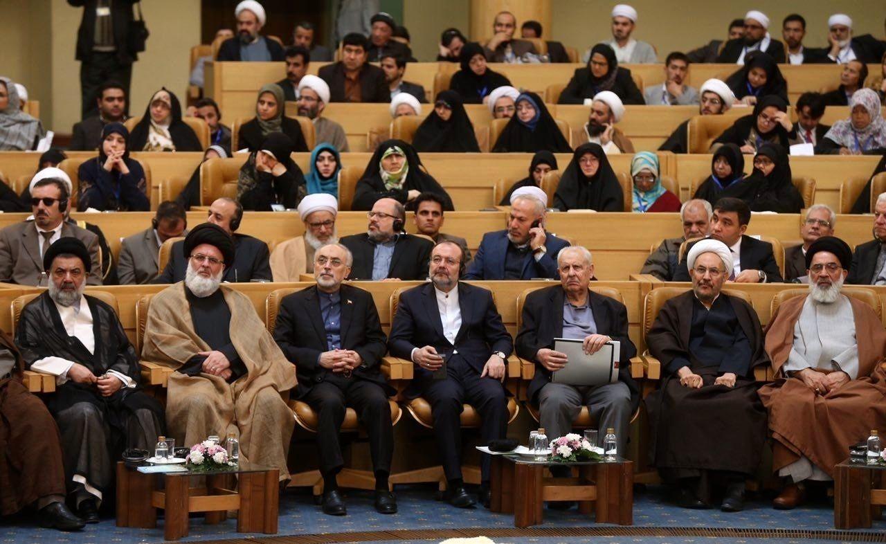 حضور روحانی در کنفرانس وحدت اسلامی