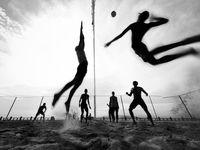 پرواز والیبالیستها در عکس روز نشنال جئوگرافیک