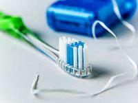 واردات ۱۵ تن نخ دندان به کشور